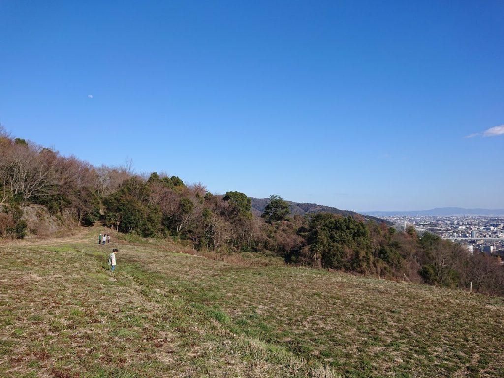 【宝塚】駅から徒歩の里山 きずきの森 みはらし広場 散歩やハイキングに