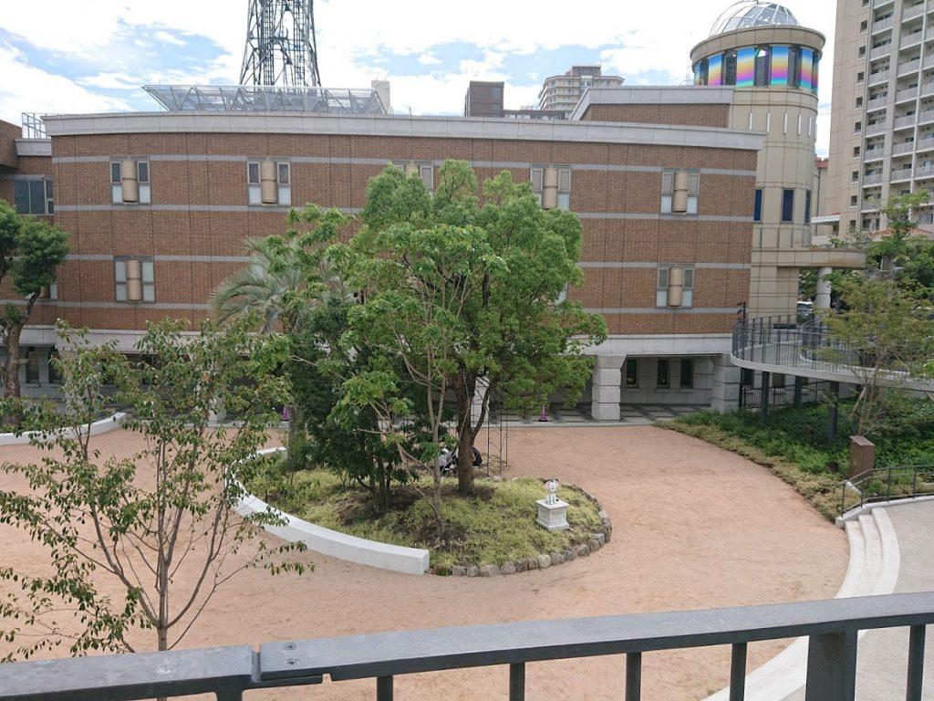無料スペースでも十分楽しめる!宝塚市立文化芸術センター