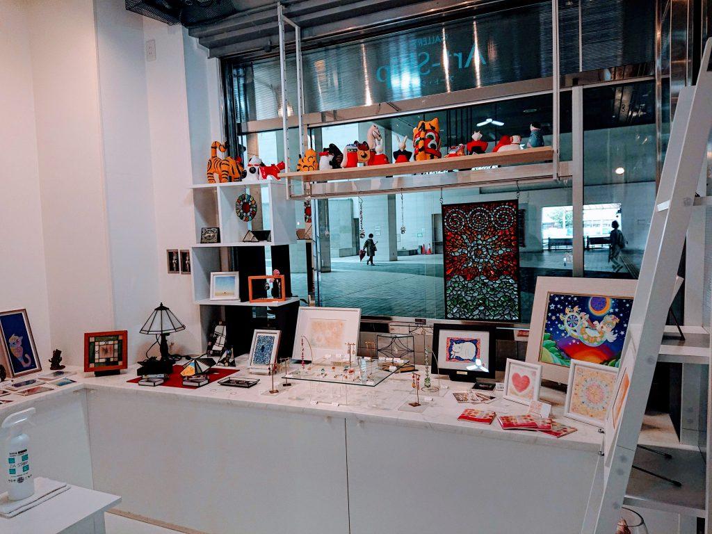 展示販売スペースあります 作家作品 名古屋市 上社